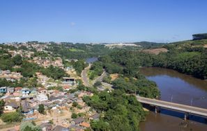 Szállás Telemaco Borba, Brazília