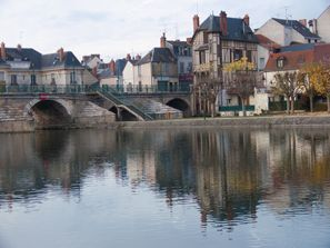 Szállás Vierzon, Franciaország